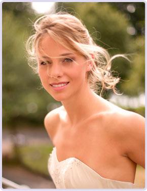 Mobiler Brautservice, Hochzeitsfrisuren und Hochzeits-Make-up